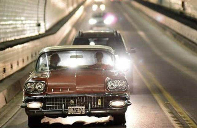 Reeditaron la inauguración del Túnel Subfluvial con autos antiguos