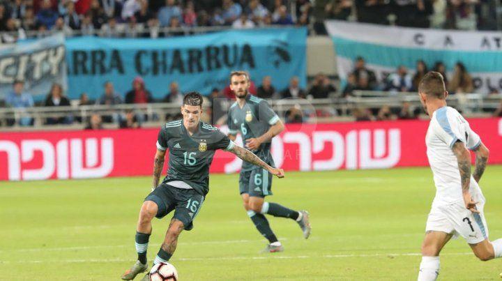 Con un penal de Messi, Argentina empató sobre el final ante Uruguay