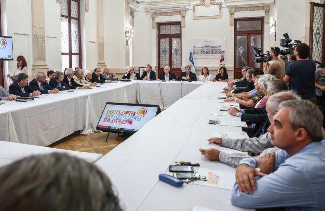 Lifschitz presenta un balance de gestión del Frente ante el Consejo Económico de la provincia