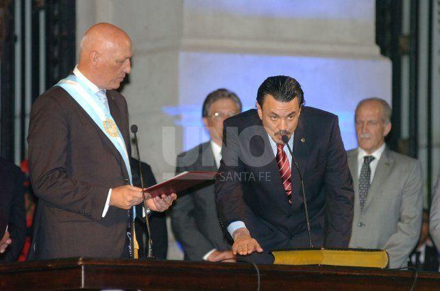 En ese mismo lugar, juraron los ministros elegidos por Bonfatti