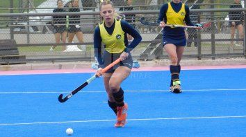 regresa la accion en el hockey de damas local