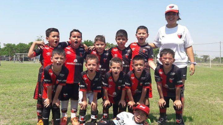 Los dirigentes de Colón solucionaron el litigio con la Escuelita de Fútbol