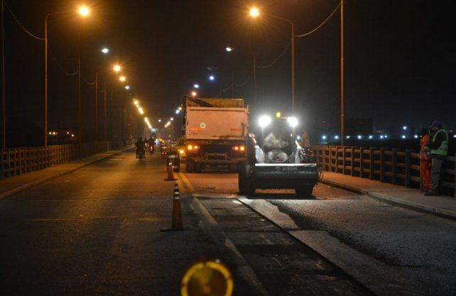 Todos los trabajos sobre el puente Carretero se realizan de noche