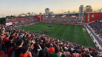 estudiantes inaugura su nuevo estadio ante atletico tucuman