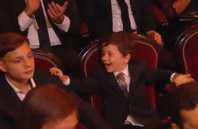 La sorpresiva reacción del hijo de Messi tras el sexto Balón de Oro