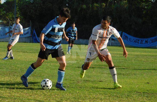 Cosmos FC y la Universidad no se sacaron diferencias