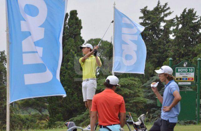 Nutrida actividad golfística en toda la zona