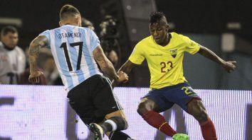 argentina recibira a ecuador en el inicio de las eliminatorias