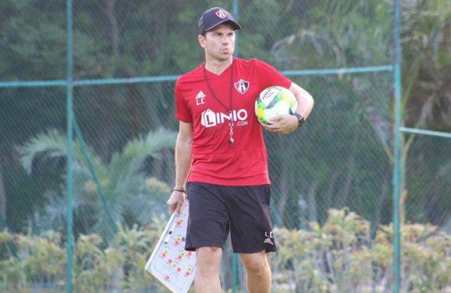 Leandro Cufré le pegó duro a Madelón una década después