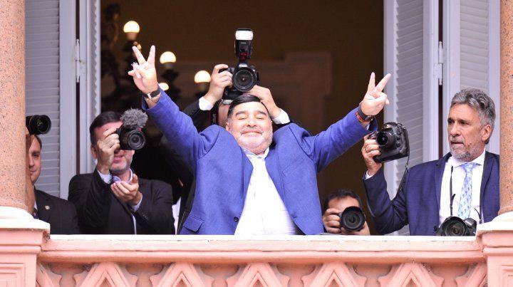 Además del Pulga, Maradona le apunta al gran objetivo de Colón