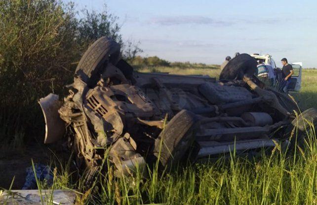 En total viajaban 9 personas dentro de la camioneta volcada, siendo que cuatro de ellos fallecieron como consecuencia del siniestro