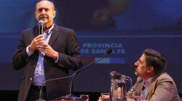 Perotti aseguró que el gobierno ya tiene diálogo con los gremios y que en poco tiempo se va a formalizar en las paritarias.