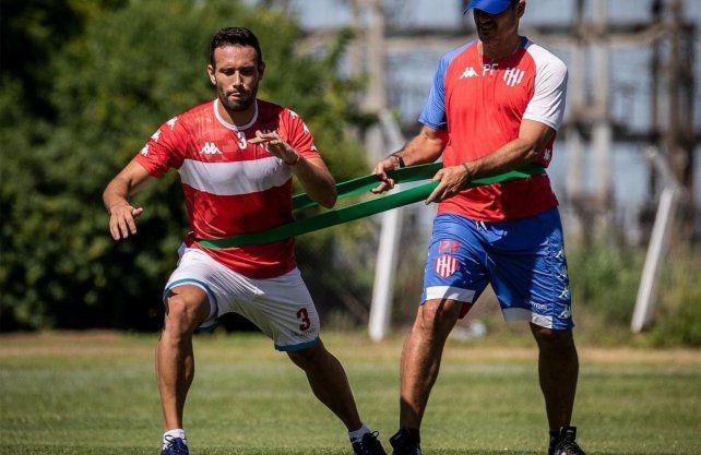 Claudio Corvalán estaría disponible en Unión para la reanudación de la Copa de la Superliga.