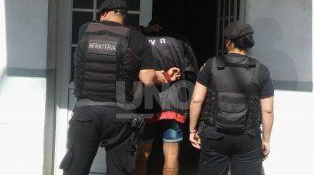 El joven fue detenido en la localidad de Capitán Bermúdez.