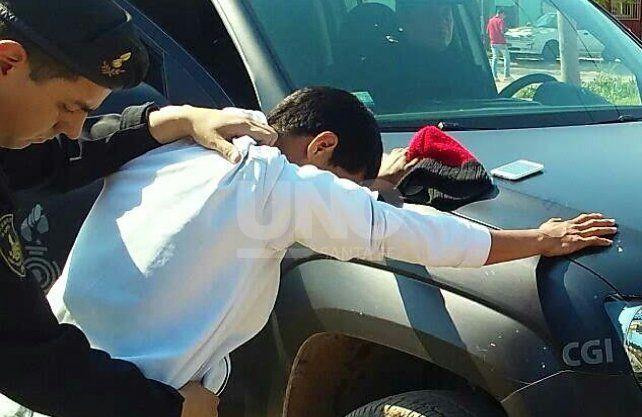 Atraparon a un joven con una tumbera cargada en Sauce Viejo