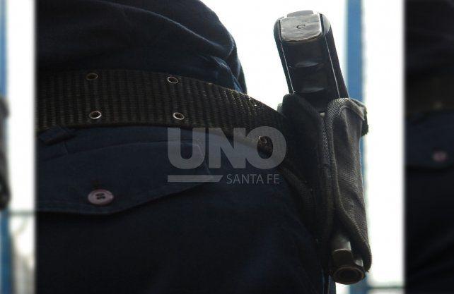 Sarnaglia autorizó a la Policía a llevar cartucho en recámara