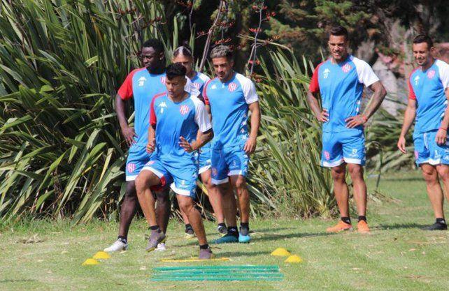 Mazzola y Bou entrenaron diferenciado en Unión antes del amistoso con Quilmes