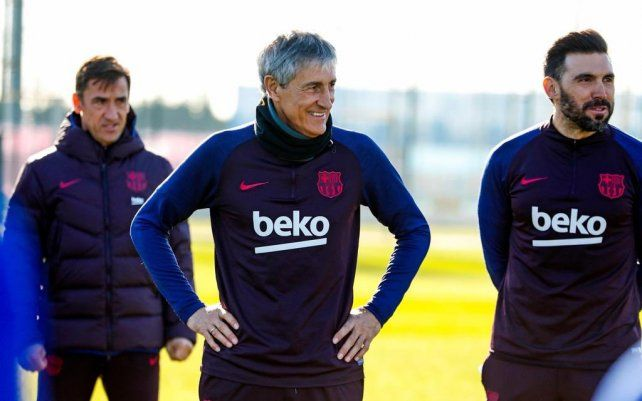 Quique Setién está en la cuerda floja en Barcelona, donde ya suena Laurent Blanc.