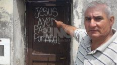 Isaías, abuelo de Amparo, cree fervientemente que Jesús salvó a su nieta tras la fuerte caída.