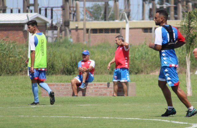 Leonardo Madelón ya piensa cuál es el mejor Unión para jugar ante Vélez. Foto: prensa Unión