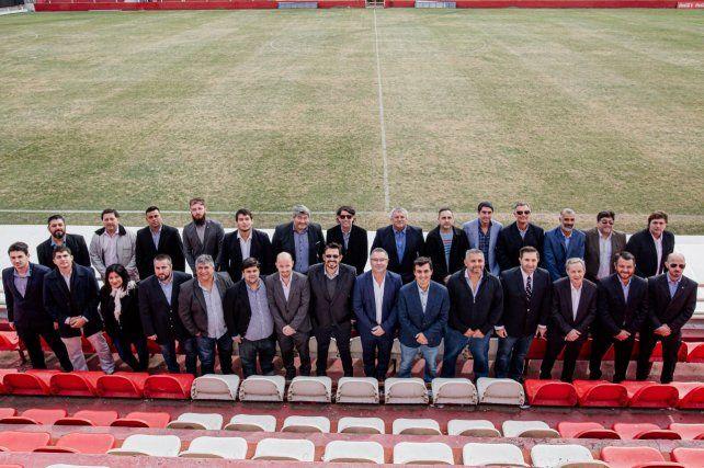 Parte de la agrupación Triunfo Tatengue, comandada por Leonardo Simonutti, con la participación de Rodrigo Villarreal.