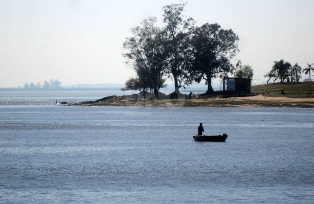 Los ríos de Santa Fe están descuidados y por eso clubes y entidades de la provincial le hicieron este pedido al gobierno