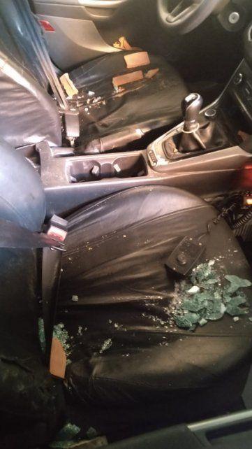 Durante el ataque a los efectivos policiales de Sunchales tres patrulleros sufrieron daños y ocho agentes resultaron heridos.