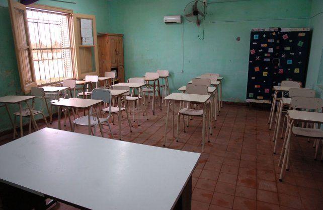 Aulas vacías. En la provincia el dictado de clases presencial está interrumpido desde mediados de marzo.