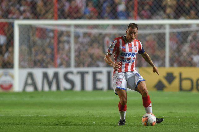 Jonathan Bottinelli es el capitán de un Unión que aún no tiene técnico.