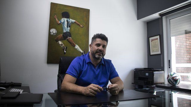 Cristian Bragarnik dio detalles de la llegada de Juan Azconzábal a Unión