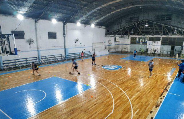 Los equipo del básquet santafesino trabajan con protocolos establecidos.