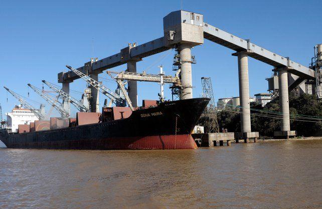 Pandemia y derrumbe: por los puertos de Santa Fe se exportó un 33% menos de manufacturas agropecuarias