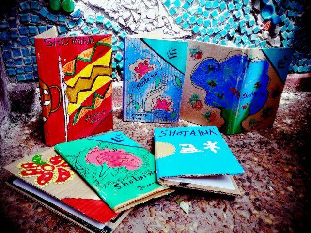 Los libros de Shotainá son 100% artesanales.