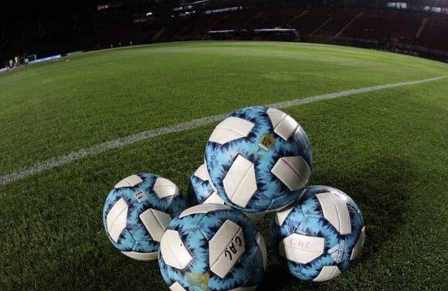 Tras una comunicación entre AFA y el Gobierno, se desestimó que el fútbol vuelva en septiembre y se analiza todo para octubre.