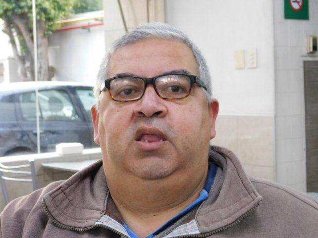 Alejandro Vázquez tiene a su cargo la dirección técnica del equipo de primera.