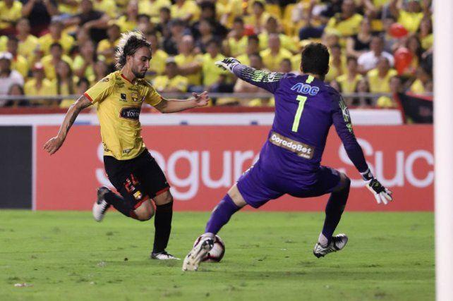 Colón no podría competir con Boavista de Portugal, que tendría también en la mira al volante colombiano Sebastián Pérez, sin lugar en Boca