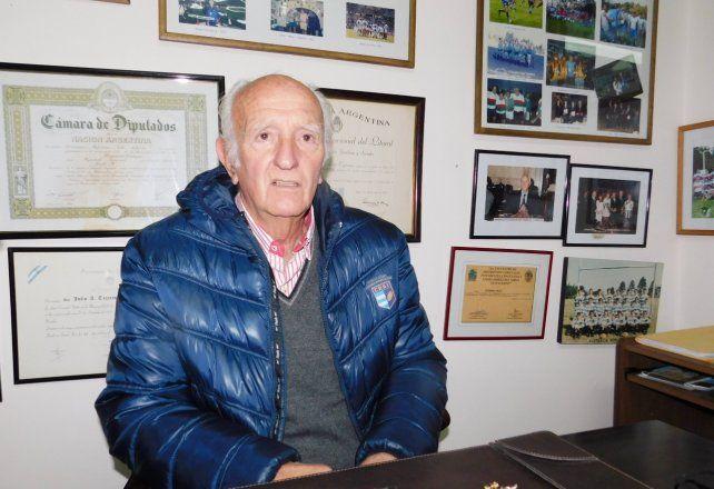 Ocupó la presidencia de la USR durante cinco años: de 1990 a 1995.
