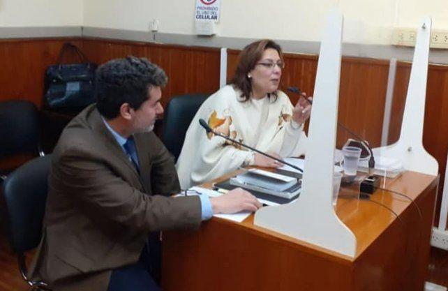 Los fiscales del caso, Susana Pepino y Matías Merlo, que intervienen en la causa abierta por el femicidio de Julieta Del Pino, en Beravebú.