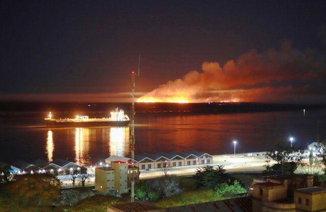 Postales de las quema de islas desde Rosario