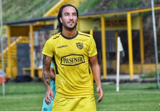 Sebastián Pérez, sin lugar en Boca, sería uno de los objetivos de Domínguez para Colón.