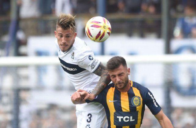 El lateral Gonzalo Piovi será refuerzo de Colón para la próxima temporada.