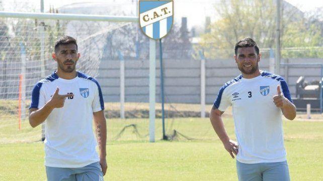 Bebe Acosta manifestó su deseo de jugar en Unión, aunque Atlético Tucumán lo quiere retener.