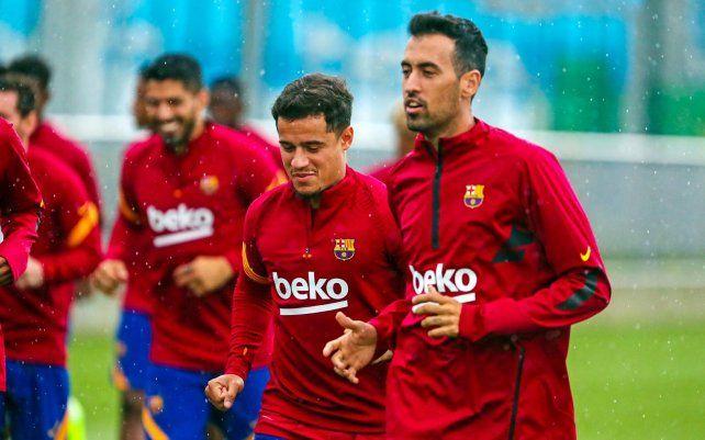 Los jugadores del Barcelona se entrenan con la mente en los pr&oacute;ximos objetivos y con la presencia de <a href=