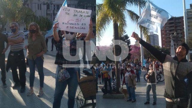 13S. Cientos de santafesinos llegaron en vehículos a la plaza 25 de Mayo para manifestarse.