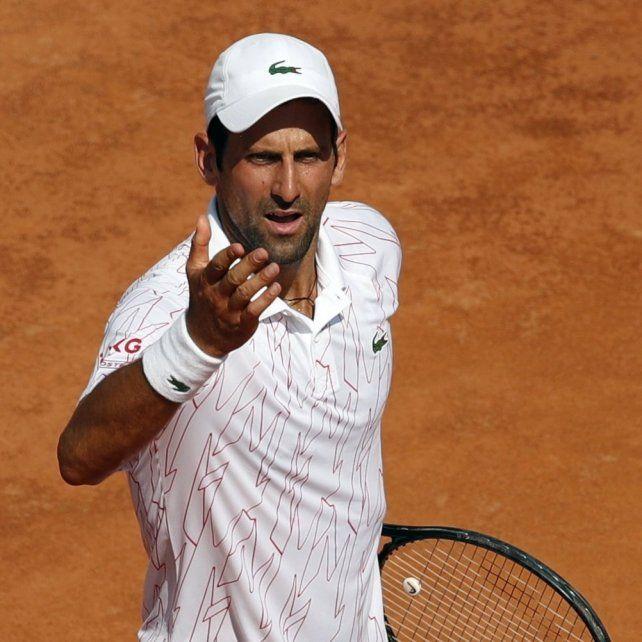 Novak Djokovic no tuvo problemas en meterse en los octavos de final del Masters 1000 de Roma.