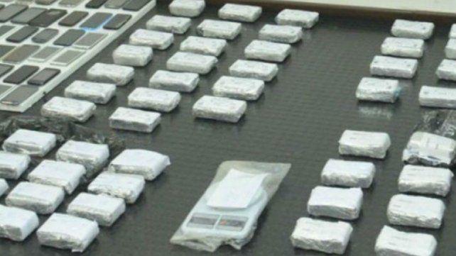 Secuestraron más de 100 kilos de cocaína que iban a ser traficados a Israel camuflados en muebles