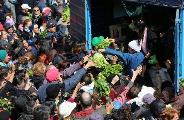 Buryaile mandó a los productores del Verdurazo a la ... feria