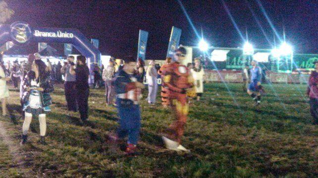 Paraná: La ciudad que se disfraza una vez al año