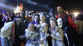 Unas 45 mil personas disfrutaron de la 18° edición de la Fiesta de Disfraces