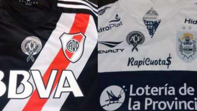 La semifinal de la Copa Argentina con camisetas en homenaje a Chapecoense